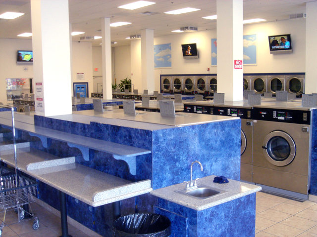 magic wash laundromat store